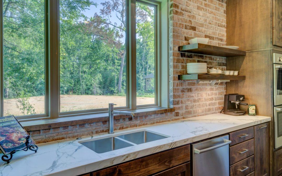 Habiller les fenêtres de sa cuisine avec style